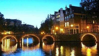 3 - amsterdam