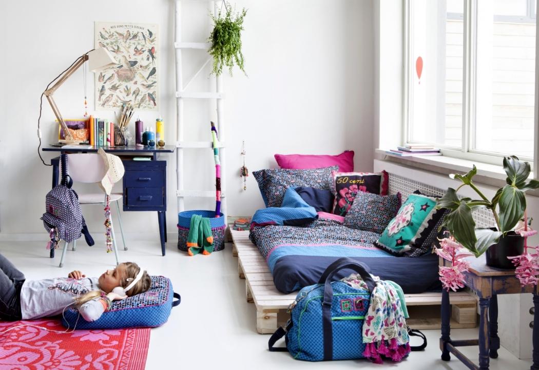 1v-a Inès Beeftink - art-department & set-design