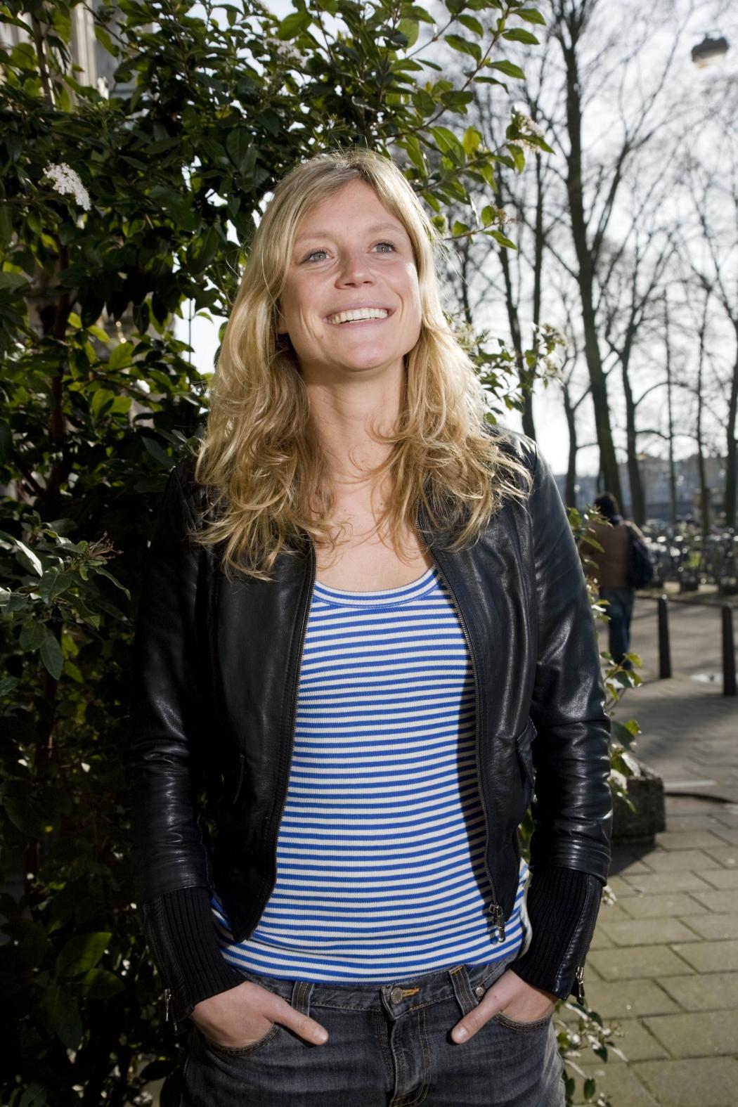 24 (1) Tara Fallaux