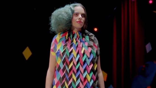 Ellen van Exter - Hey, wait a minute! by Antoine Peters & Oscar Verpoort